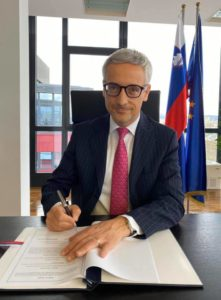 The Agreement was signed on distance by Slovenia's Minister of Education, Science and Sport and Deputy Prime Minister Dr Jernej Pikalo and UNESCO's Assistant Director-General for Communication and Information Mr. Moez Chakchouk as the representative of the Director- General on 5 March 2020.